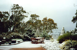 Snowy winter at Duckmaloi Farm Accommodation Oberon